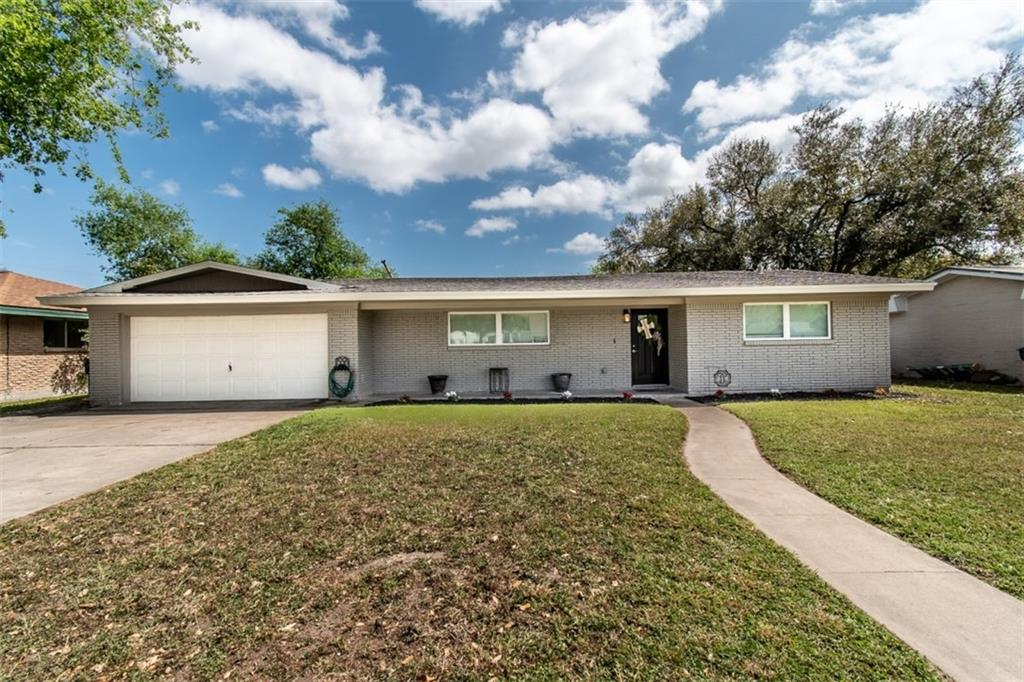 1104 Kline Avenue Property Photo - Odem, TX real estate listing
