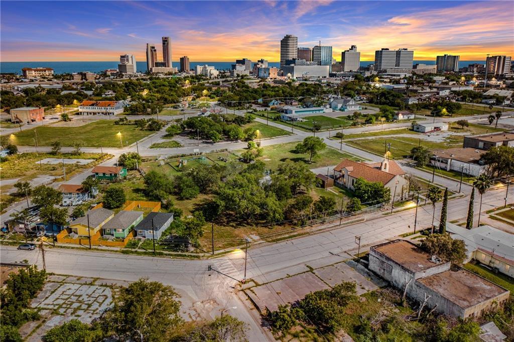 1222 Sam Rankin Street Property Photo - Corpus Christi, TX real estate listing