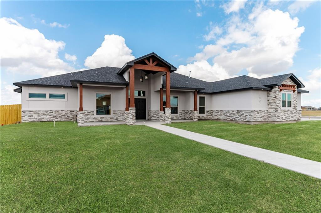 1937 Magnolia Falls Drive Property Photo - Corpus Christi, TX real estate listing