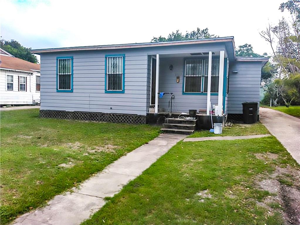 3725 Macleod Drive Property Photo