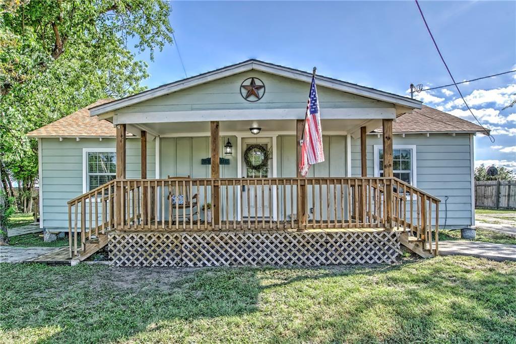 505 E Humphries Street Property Photo