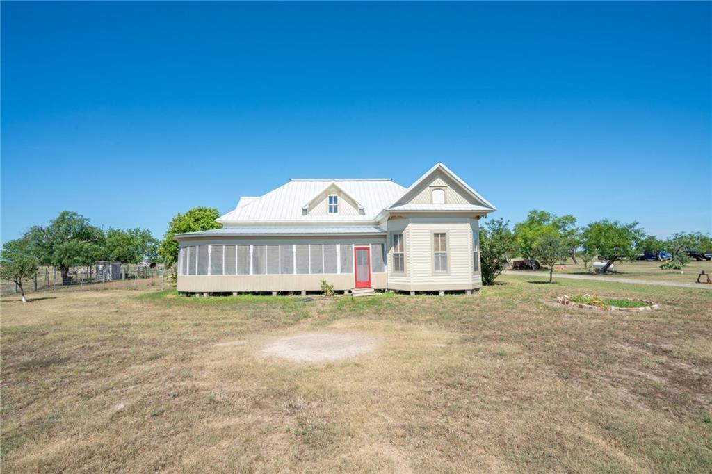 Boenig Sub Real Estate Listings Main Image