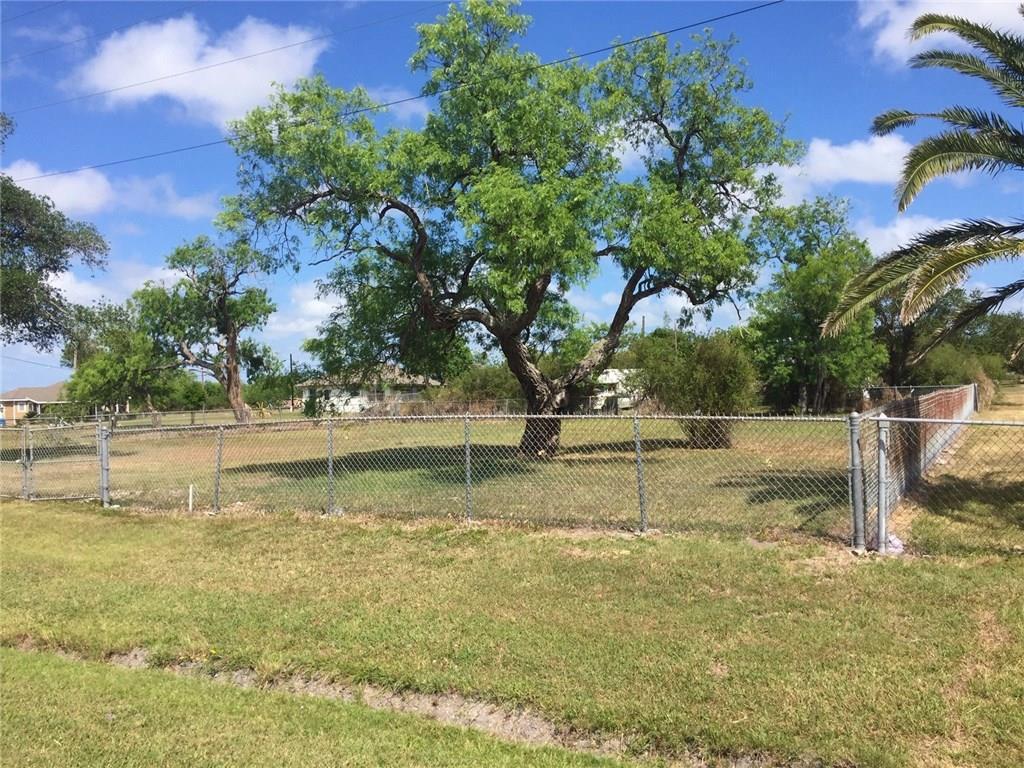 528, 532, & 534 Third Property Photo - Bayside, TX real estate listing