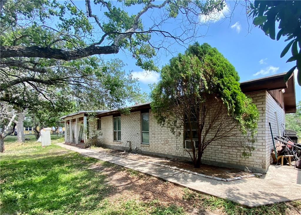 4524 County Road 2211 Property Photo - Odem, TX real estate listing