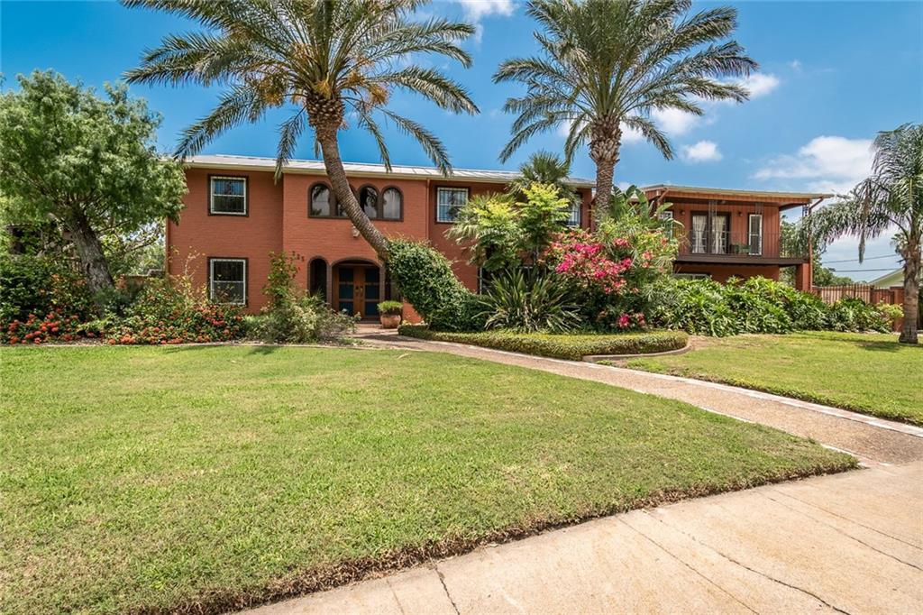 225 CAPE HENRY Drive Property Photo - Corpus Christi, TX real estate listing