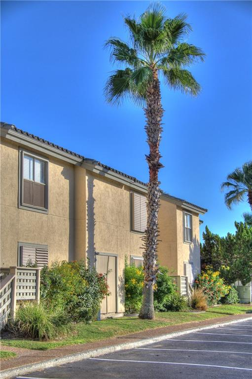 2706 Bayhouse Drive Property Photo - Rockport, TX real estate listing