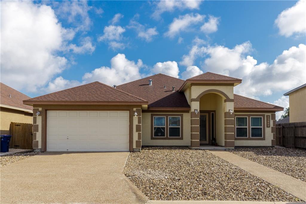 13842 Eaglesnest Bay Drive Property Photo