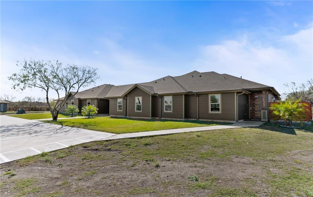 363925 Property Photo