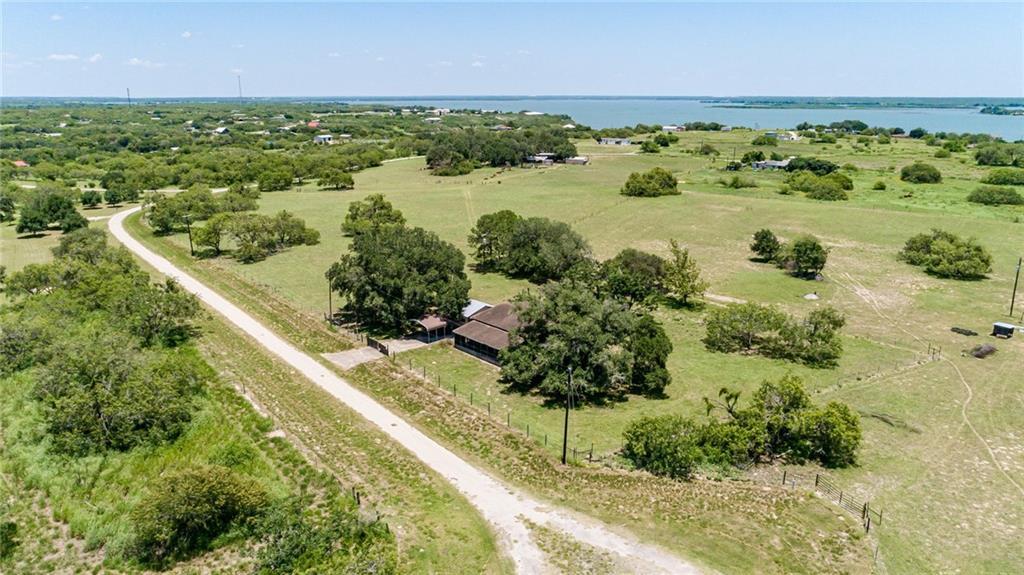 130 Lago Drive Property Photo