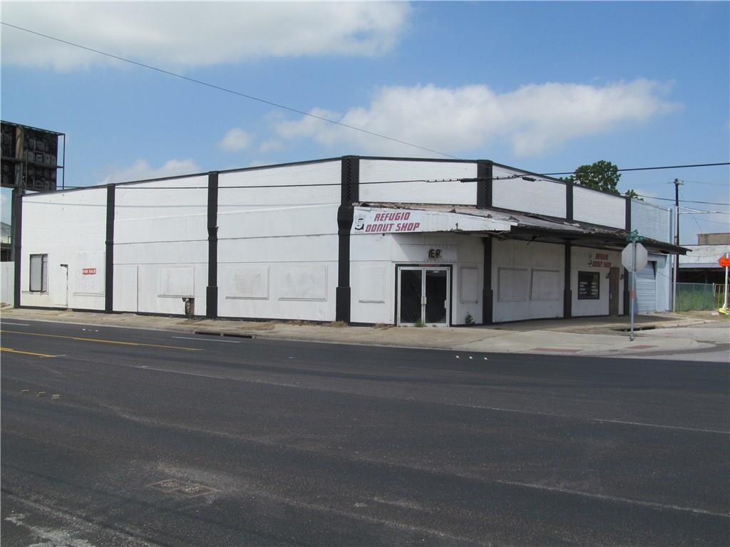 709 S Alamo Property Photo - Refugio, TX real estate listing