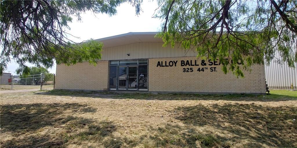 325 44th Street Property Photo - Corpus Christi, TX real estate listing