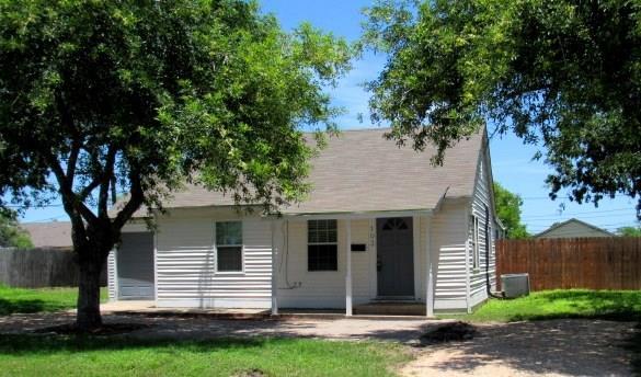 103 S Elm Avenue S Property Photo