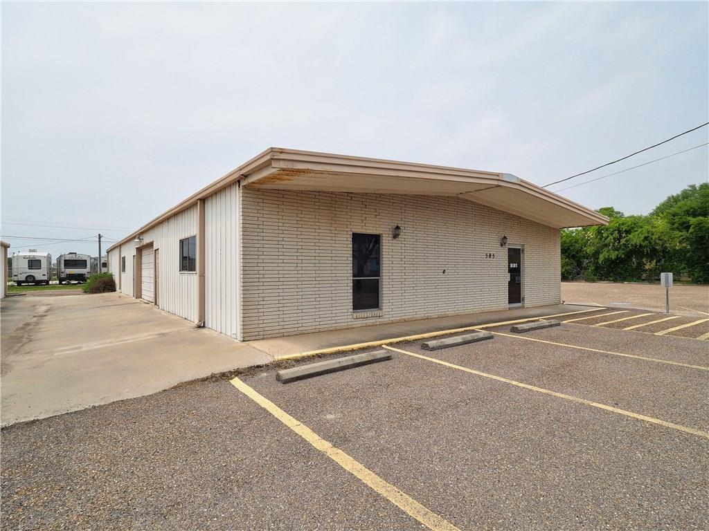 505 Elm Street Property Photo