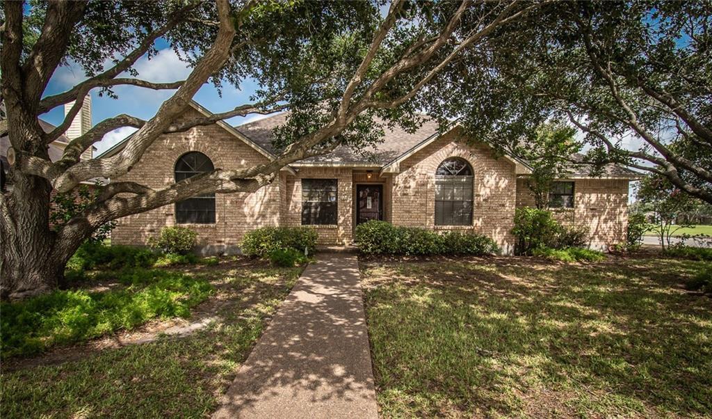 7201 Saint James Court Property Photo - Corpus Christi, TX real estate listing
