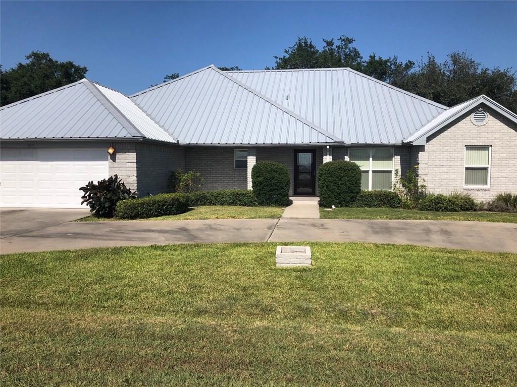 809 Thiel Street Property Photo - Orange Grove, TX real estate listing