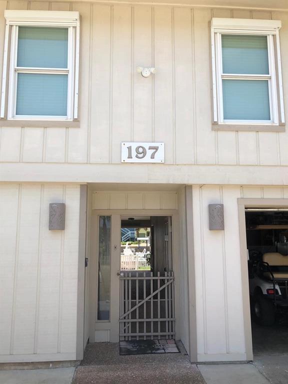 197 Port Saint Claire Property Photo