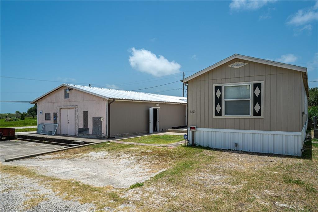 1203 Morgan Property Photo