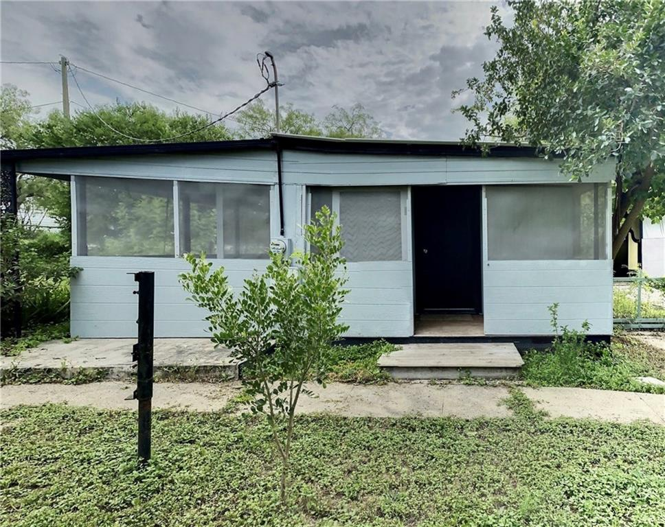 100 3rd Street Property Photo - Lake City, TX real estate listing