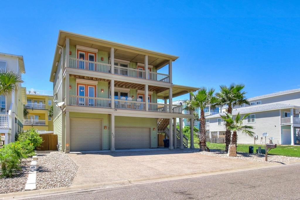 865 Oceanside Drive Property Photo