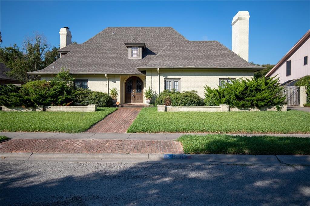 5313 Greenbriar Drive Property Photo - Corpus Christi, TX real estate listing