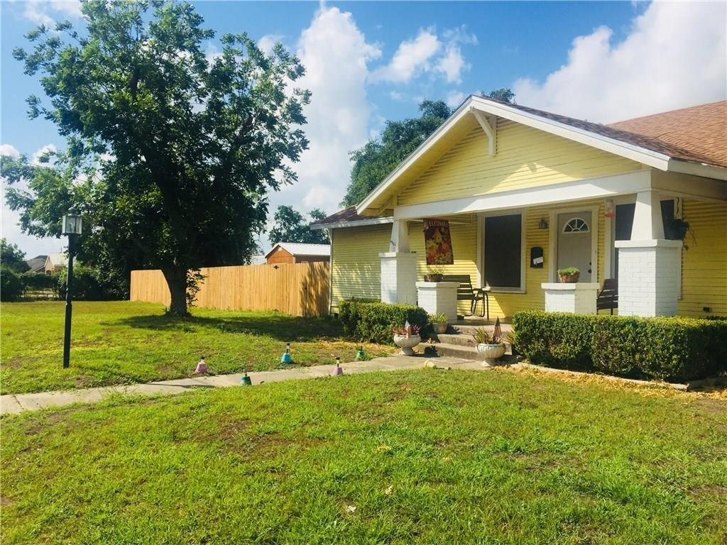 402 E Mesquite Street Property Photo - Mathis, TX real estate listing