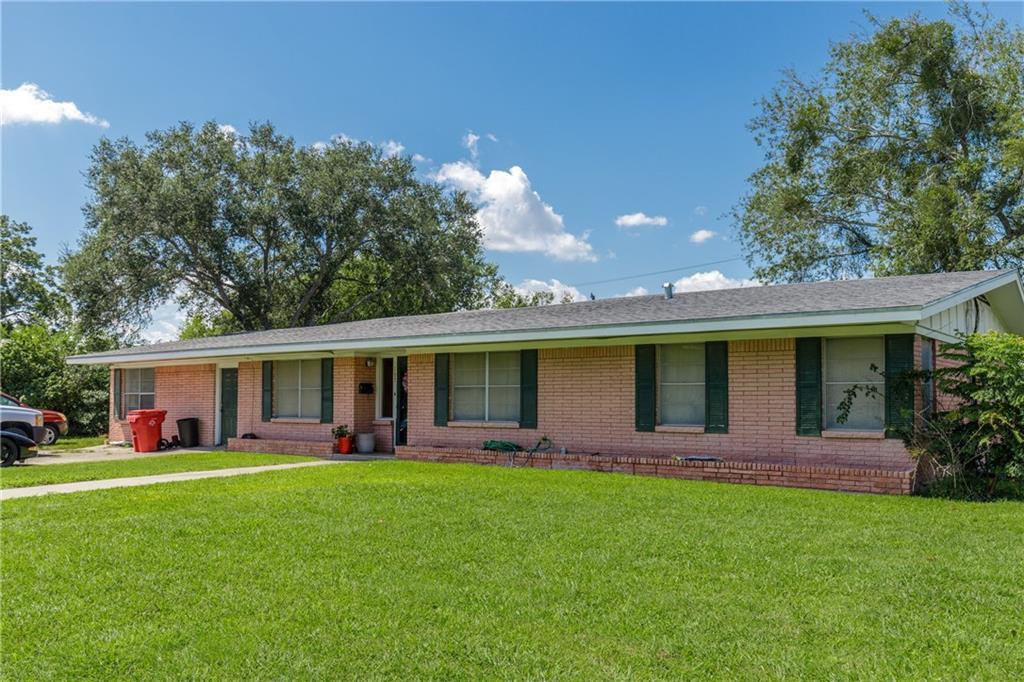 107 Ashburn Avenue Property Photo