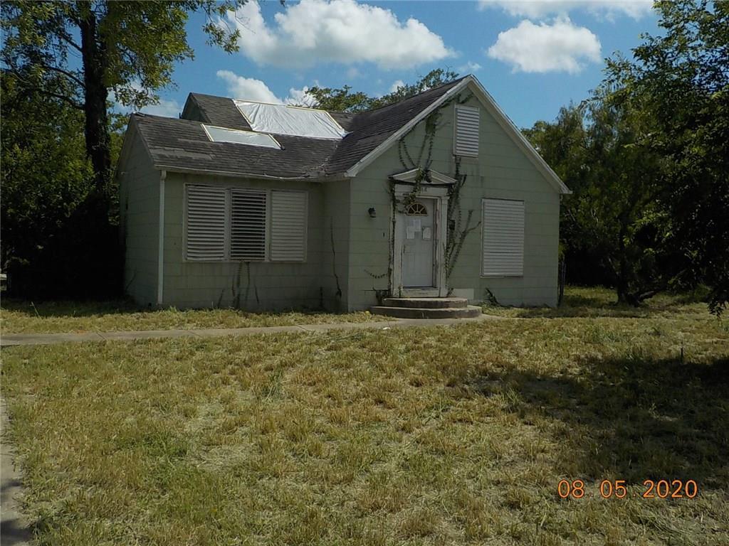 609 Johnson Street Property Photo - Woodsboro, TX real estate listing