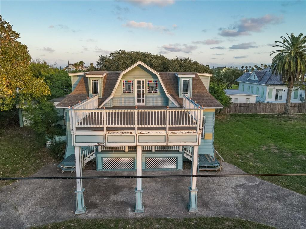 712 S Church Street Property Photo - Rockport, TX real estate listing
