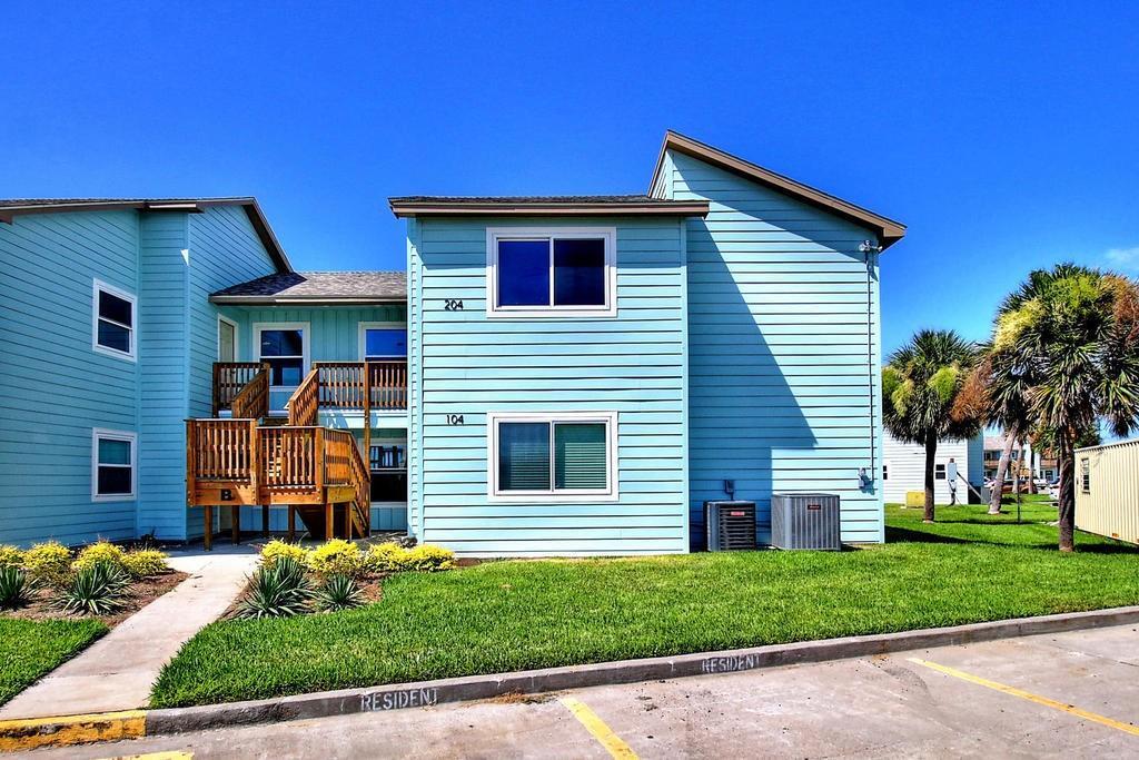230 Cut Off Road #204 Property Photo - Port Aransas, TX real estate listing