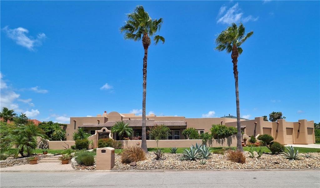102 Bay Court Property Photo - Aransas Pass, TX real estate listing