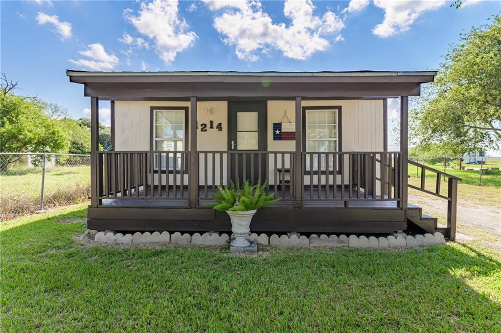1214 Main Drive Property Photo - Corpus Christi, TX real estate listing
