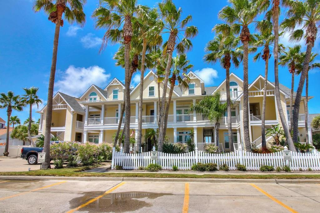 116 W Cotter #C & D Property Photo - Port Aransas, TX real estate listing