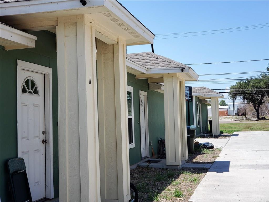 213 Mcintyre Avenue Property Photo