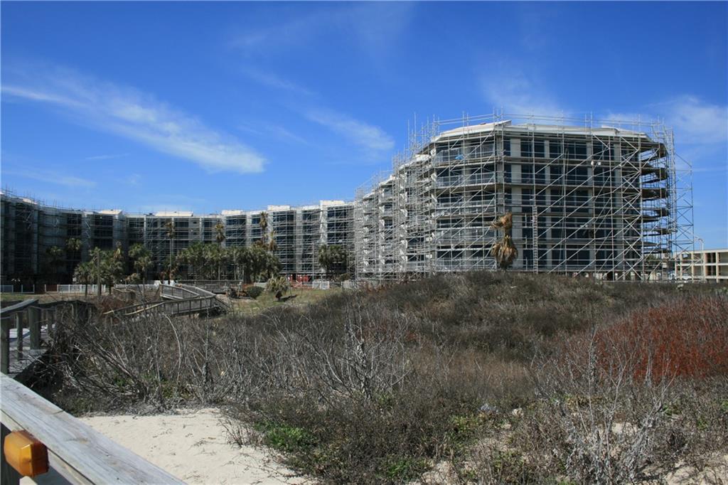 800 Sandcastle Drive #106 Property Photo