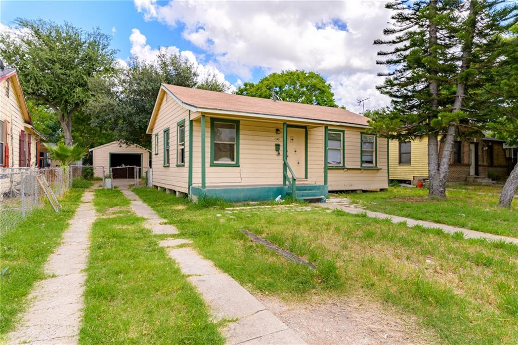 1142 Golla Drive Property Photo