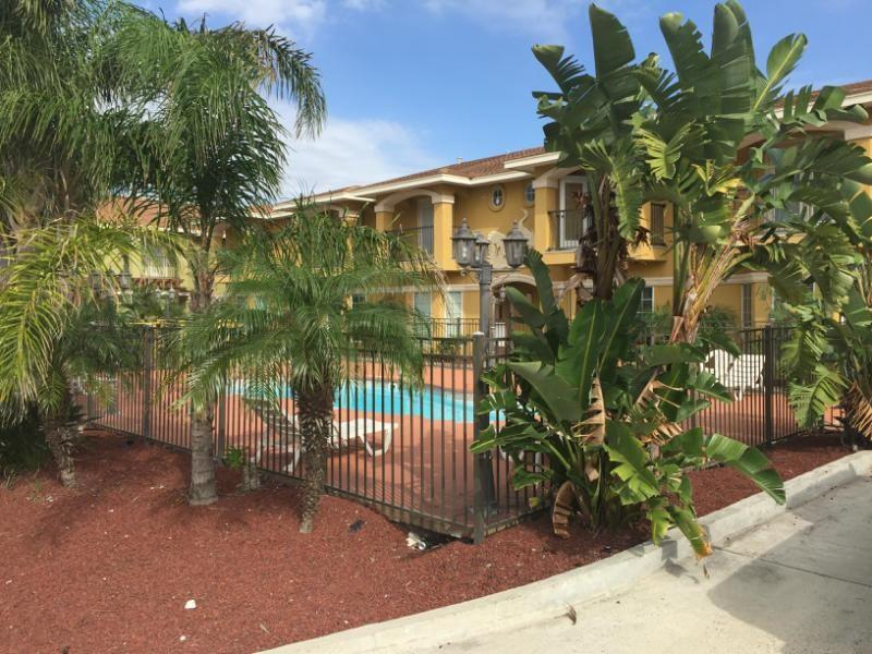 15422 Seamount Cay Court #207 Property Photo