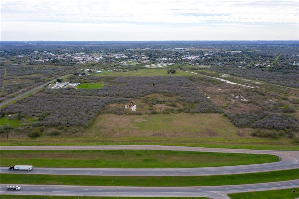 8772 Hwy 77 Property Photo - Sinton, TX real estate listing