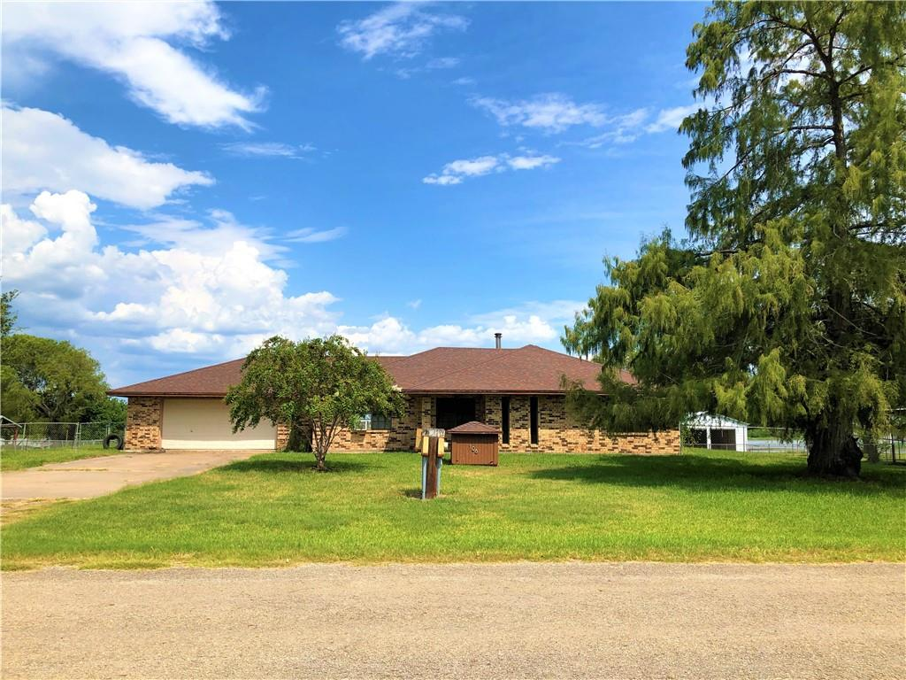 106 Lake Meadows Property Photo - Mathis, TX real estate listing