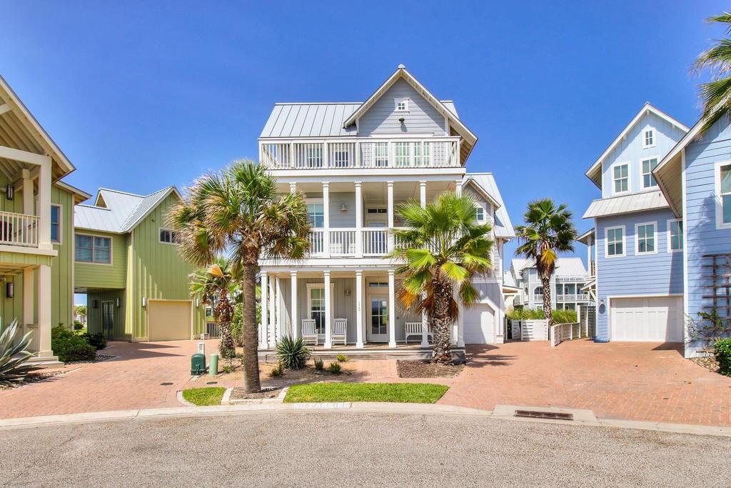 115 Seaside Drive Property Photo - Port Aransas, TX real estate listing