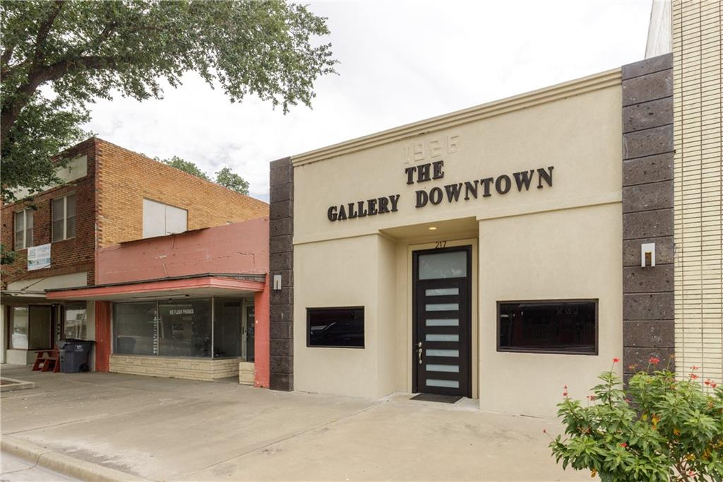 217 E Rice Street Property Photo - Falfurrias, TX real estate listing