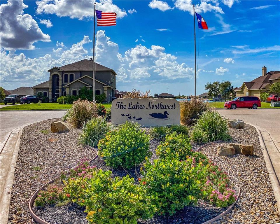 3601 Lake Champagne Court Property Photo