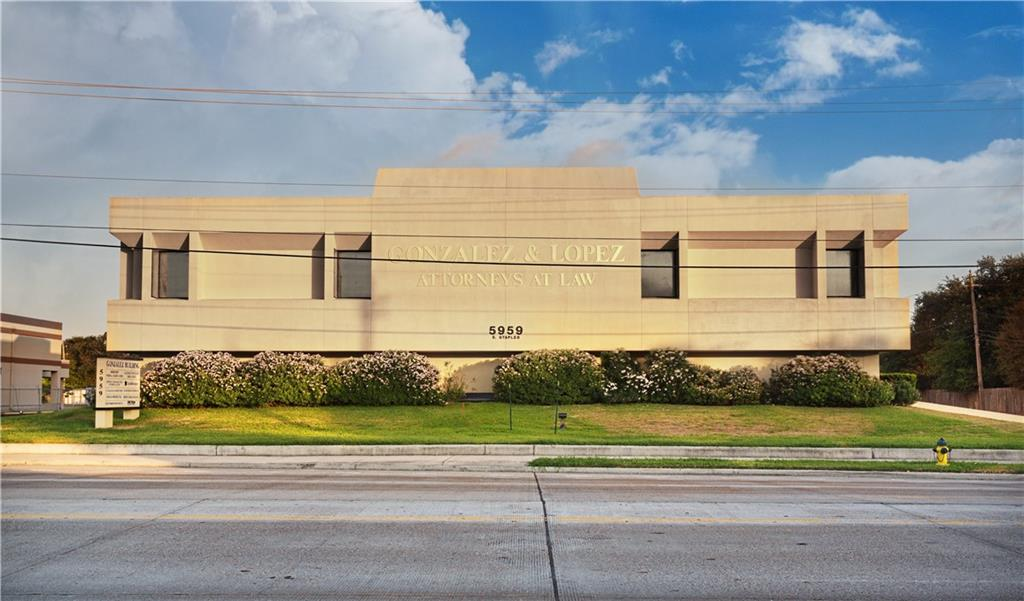 5959 S Staples Street Property Photo