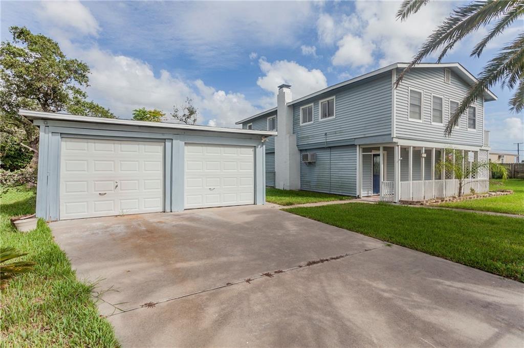 112 Sherwood Drive Property Photo