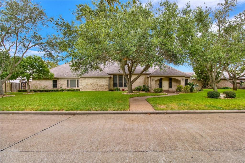5910 Vandemere Drive Property Photo