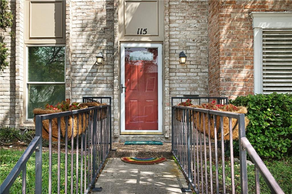115 Townhouse Property Photo