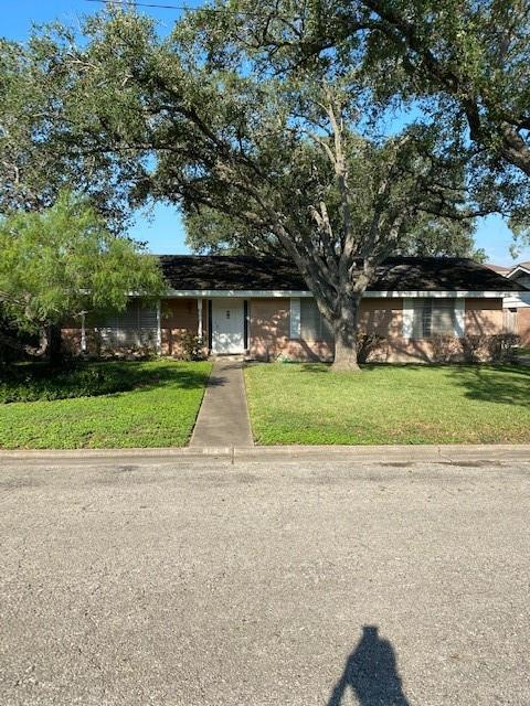 321 Seale Avenue Property Photo