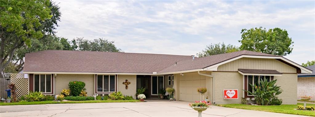 6406 Lakewood Property Photo