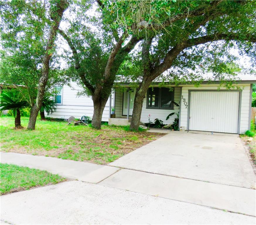 1307 Oak Park Drive Property Photo