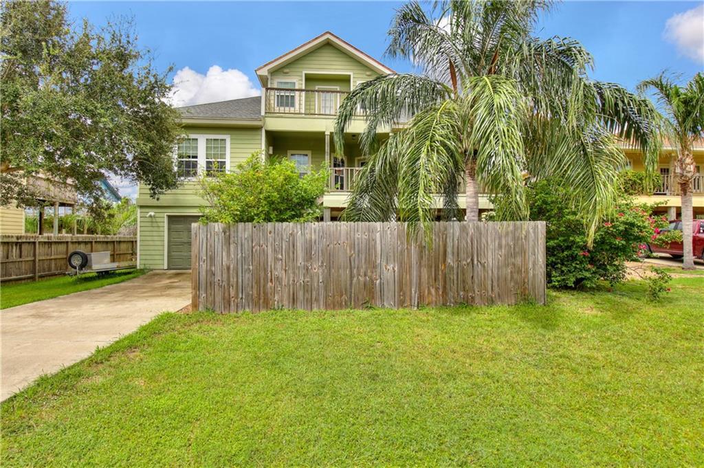 3510 Laguna Shores Property Photo