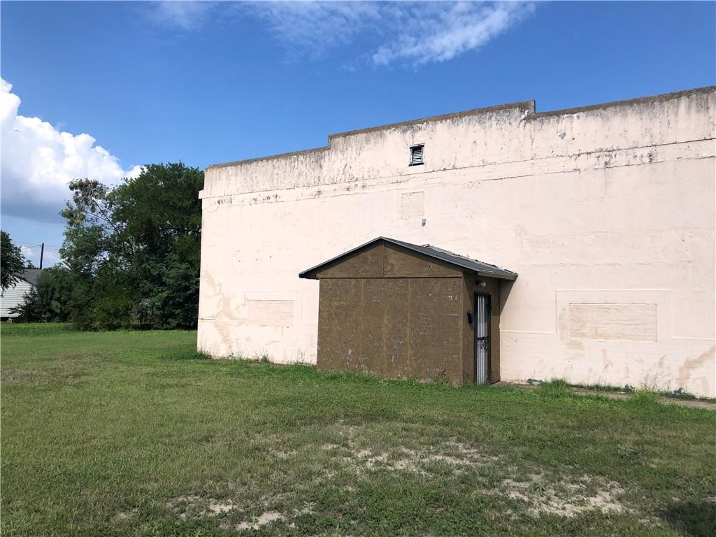 621 Sodville Street Property Photo - Sinton, TX real estate listing